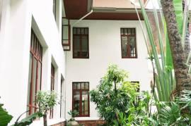 Two Single House Sukhumvit 63